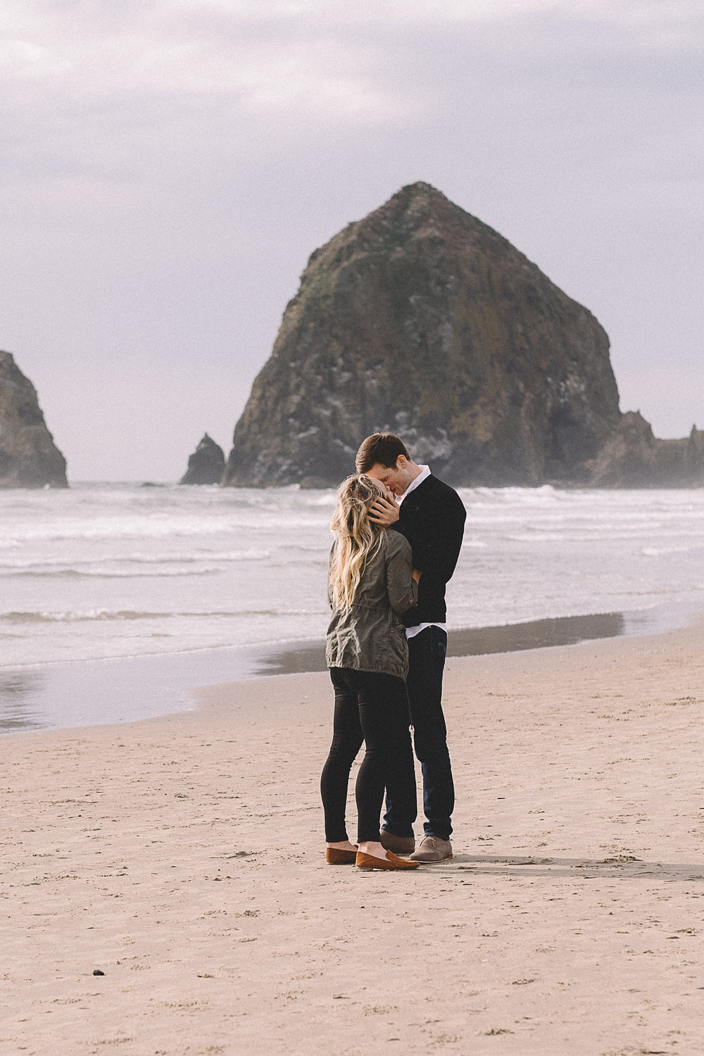 Cannon Beach Engagement Photography-24.jpg