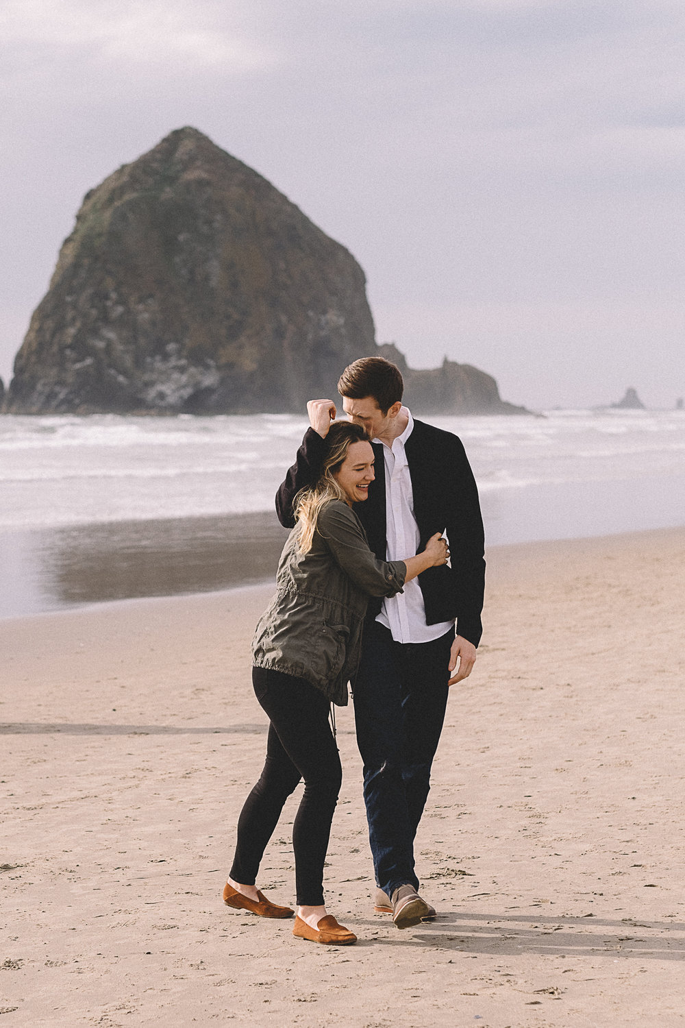 Cannon Beach Engagement Photography-25.jpg