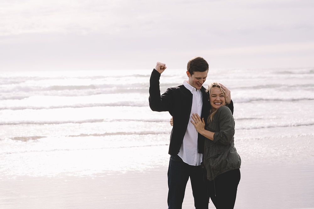 Cannon Beach Engagement Photography-33.jpg