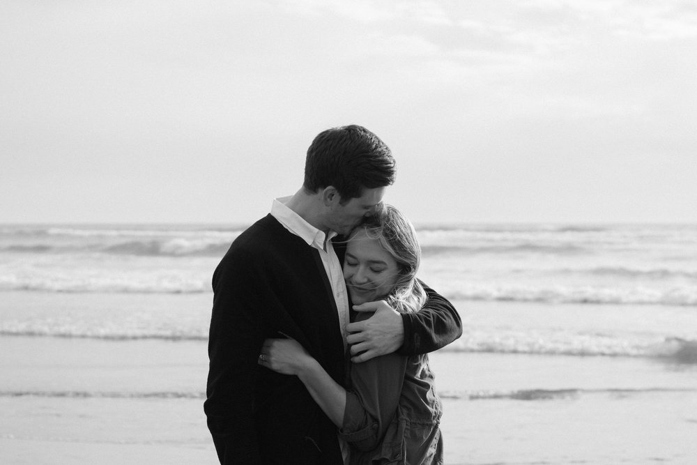 Cannon Beach Proposal Photography-33.jpg