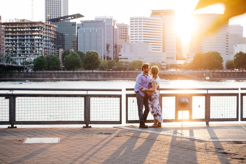 portland oregon engagement photography-11.jpg