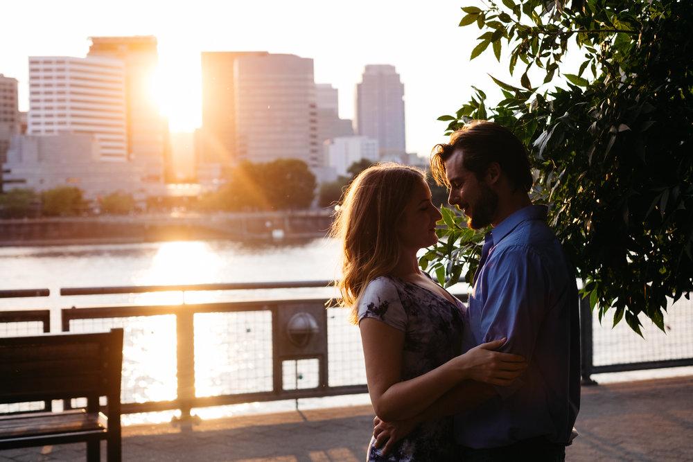 portland oregon engagement photography-17.jpg