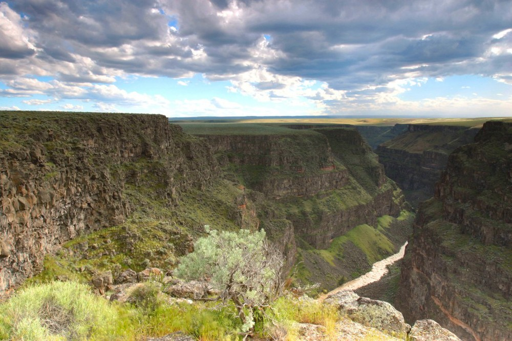 The Bruneau River Canyon is one of 14 rivers protected as Wild and Scenic Rivers with passage of the Owyhee Initiative in 2009. Your feedback on a BLM management plan can help mold future management activities. (Photo by Kevin Lewis)