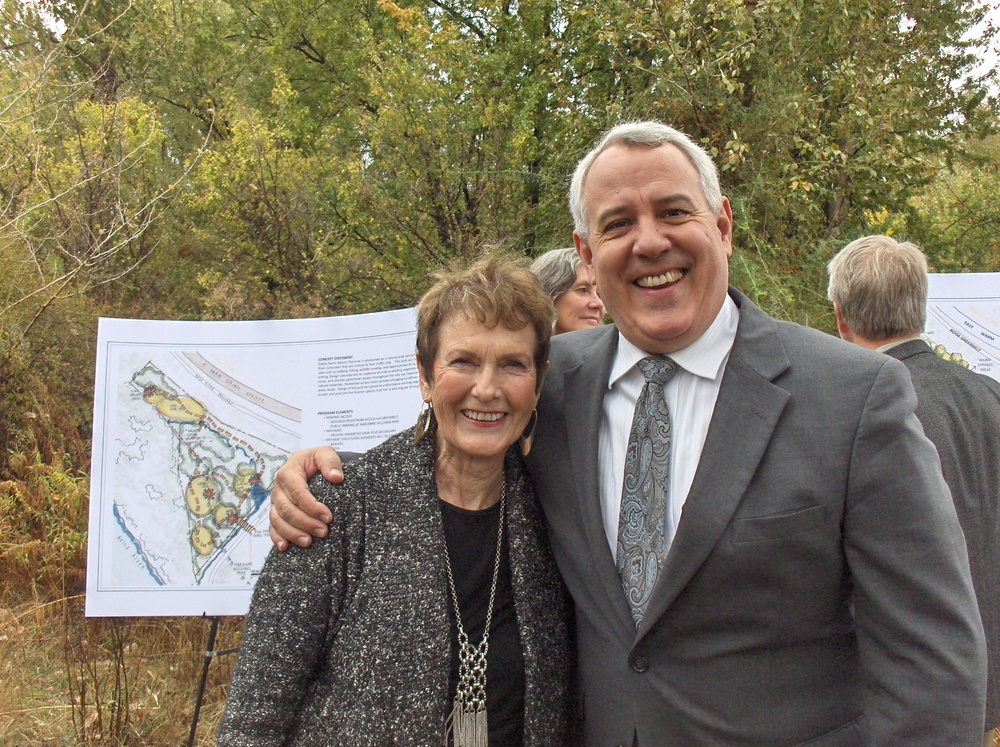 Thelma B. Lee and Boise Mayor Dave Bieter