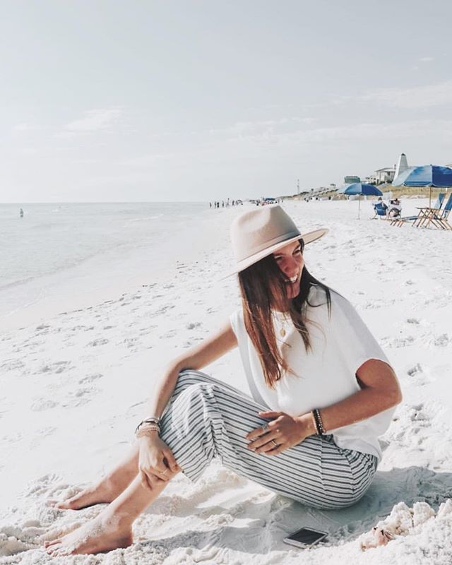 November at the beach looks a lot like this. #locallove ft @kat.ogle // check out @ignite_30a