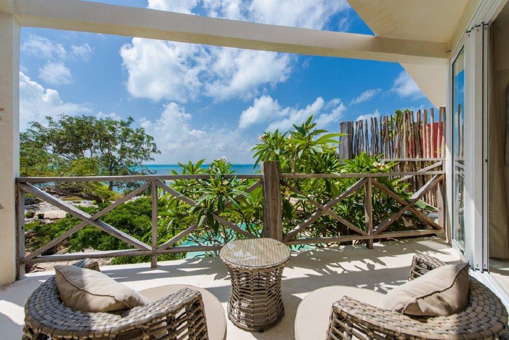 Coco+Rm+7+Terrace-7235.jpg