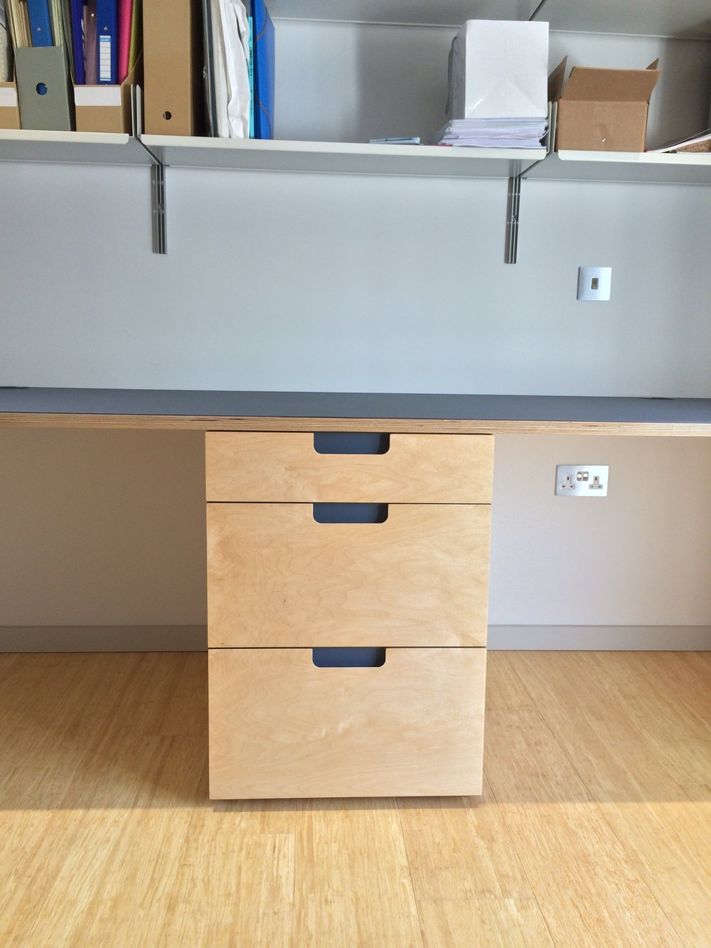Drawer front on.JPG