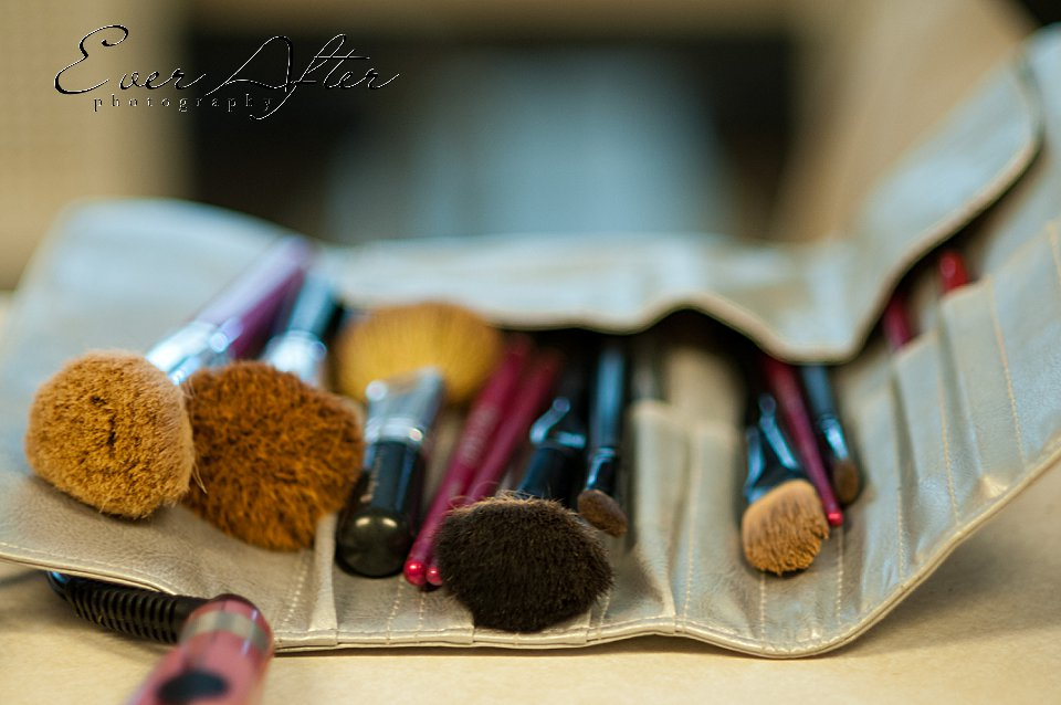 professional makeup used during senior portraits
