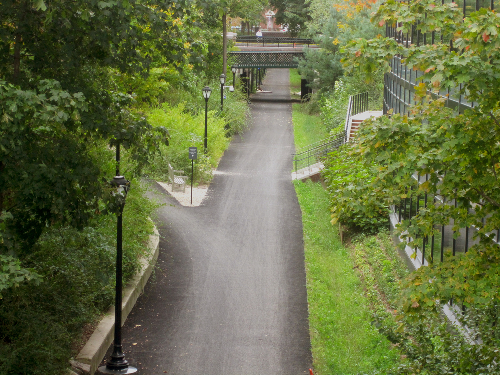 BA_Yale Farmington Canal_3.jpg