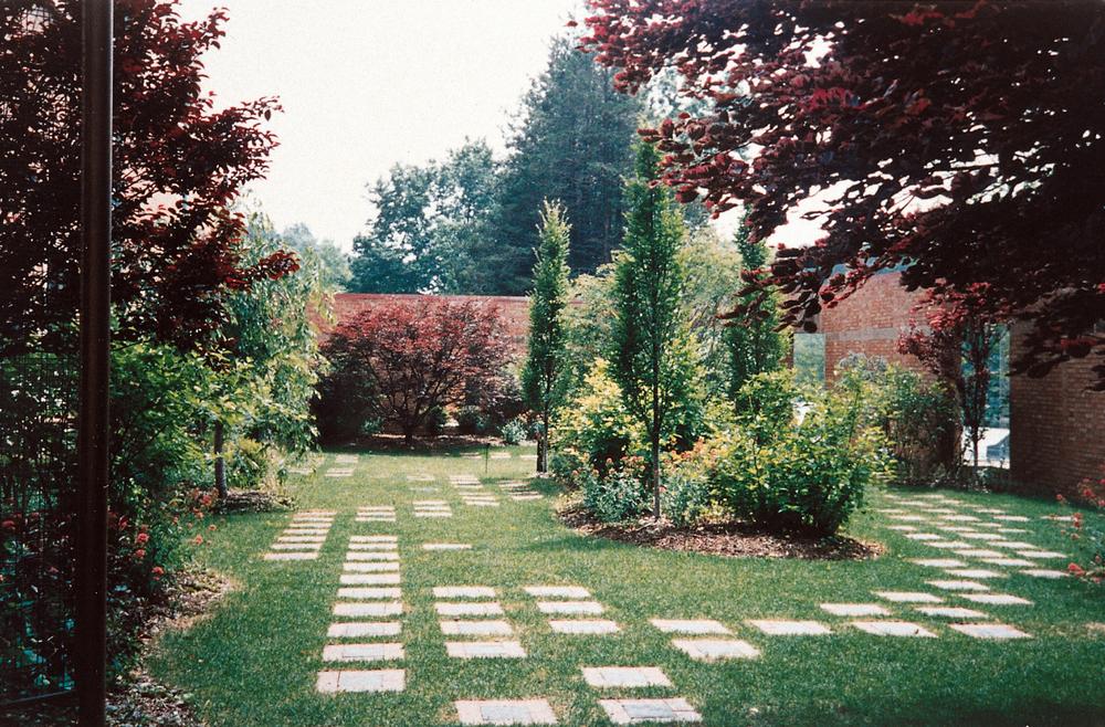 BA_Francis Lehman Loeb_Garden.jpg
