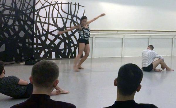 Dancing still_01.jpg