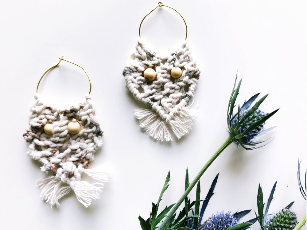 Free Pattern for D.I.Y.Macrame and Wooden Bead Earrings