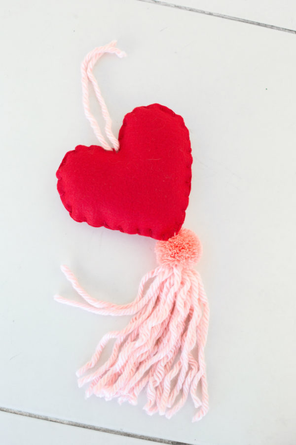 Paper Craft Pantry Blog: 2018 Valentine's D.I.Y Round Up Herat Door Tassel