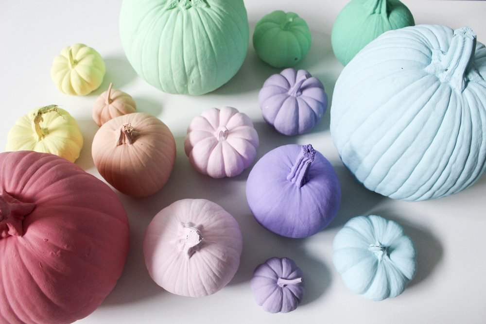 papercraftpantry-blog-do-it-yourself-painted-fall-pumpkins.JPG