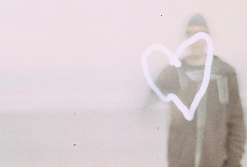 """Love ya!"" by wilBis licensed under CC BY 2.0."