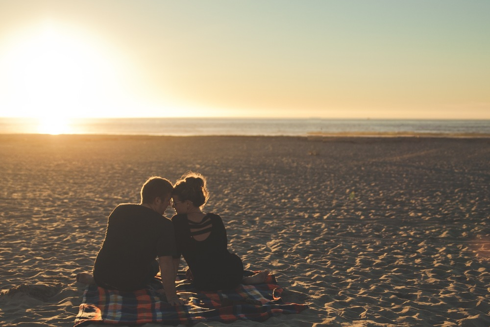 happy-couple-on-beach-audio-podcast-americas-family-coaches-gary-barb-rosberg