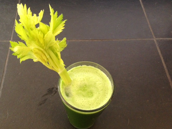 Overindulgence have you feelin a little sluggish? Clean your bod with this green juice.