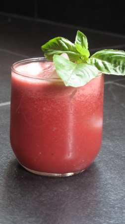 Delicately sweet with a little kick of basil, this take on agua fresca is thirst quenching and über tasty. Enjoy!