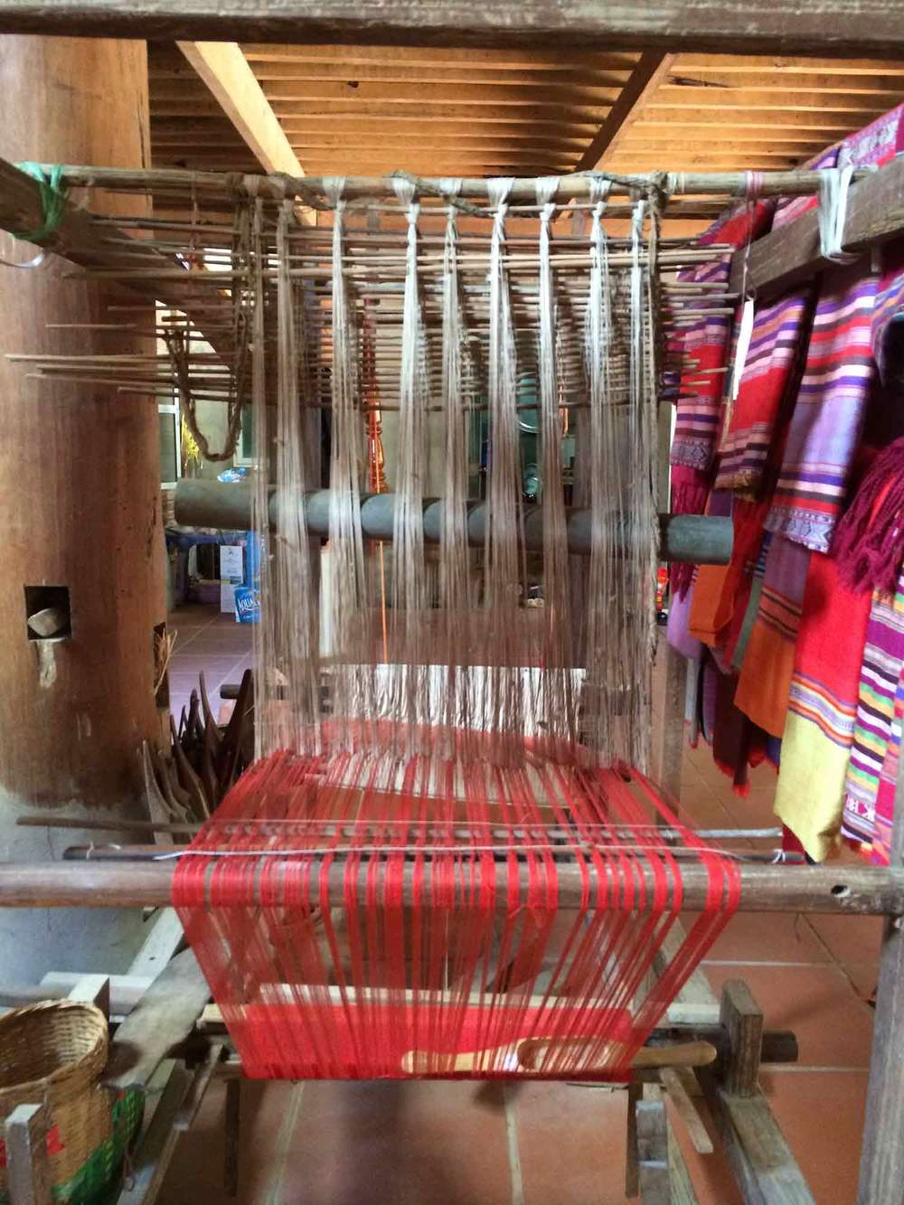 fabric-looms.jpg