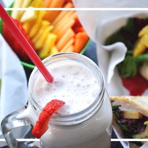 Deliciosos desayunos a partir de las 8 a.m. #Desayunos #Polanco #Smoothie #Deliciosos #DesayunosBajoElPuente