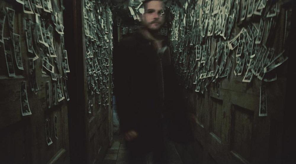 hallwaybran.jpg