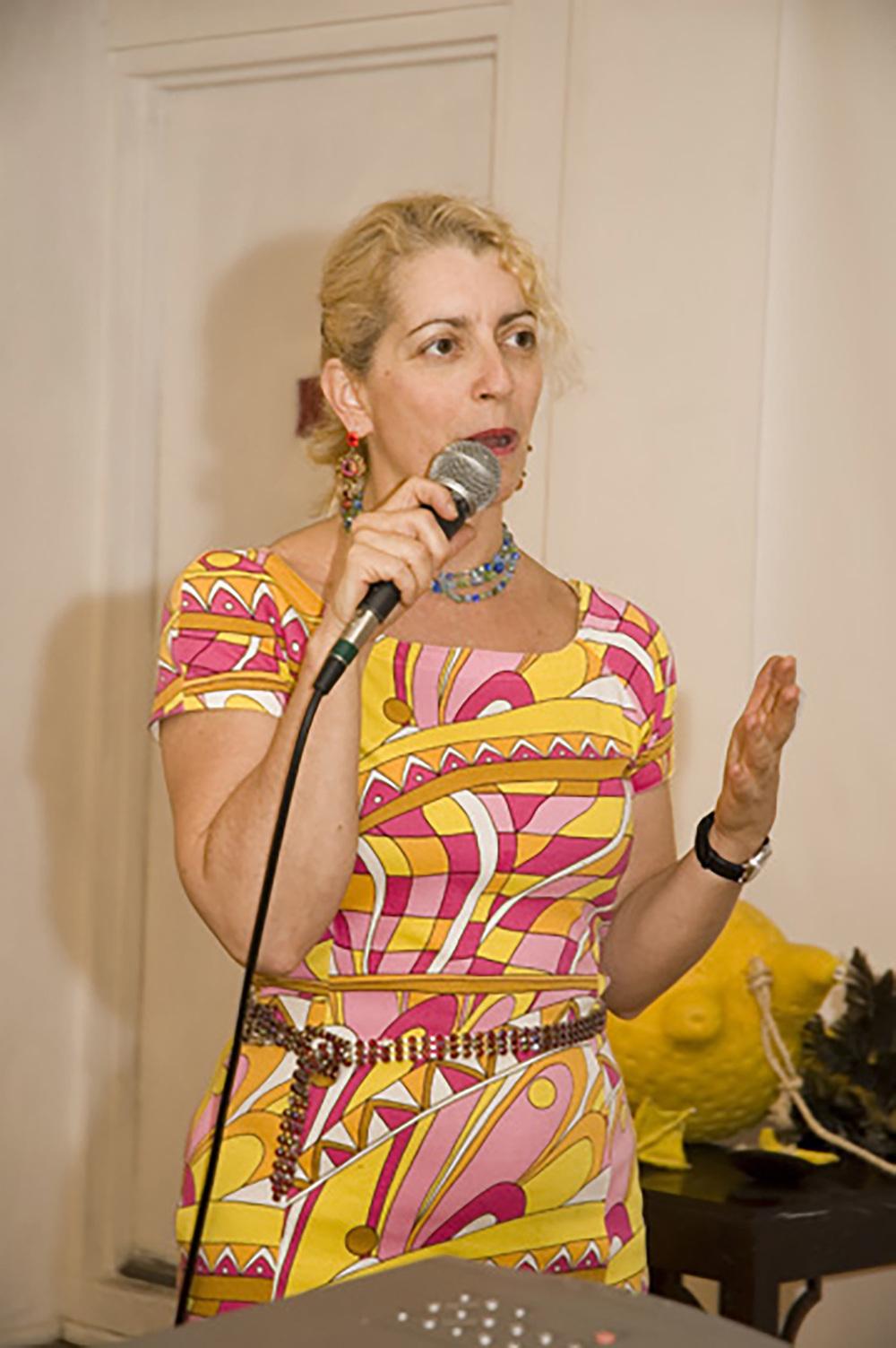 Kathleen+Microphone.jpg