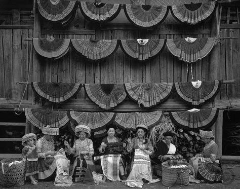 Vietman hmong women.jpg