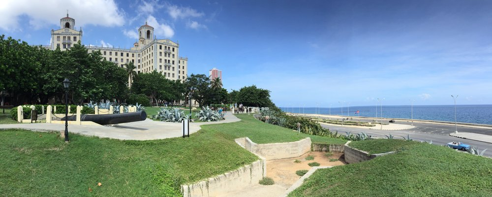 Hotel Nacional de Cuba with Cuban Missile Crisis / October Crisis tunnels and cannon in foreground and the Malecón on far right!