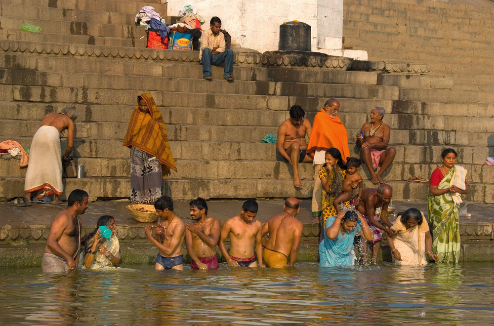 INDIA, VARANASI. GANGES RIVER.