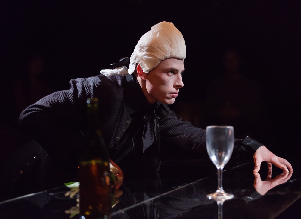 Edmund Donovan as Valmont