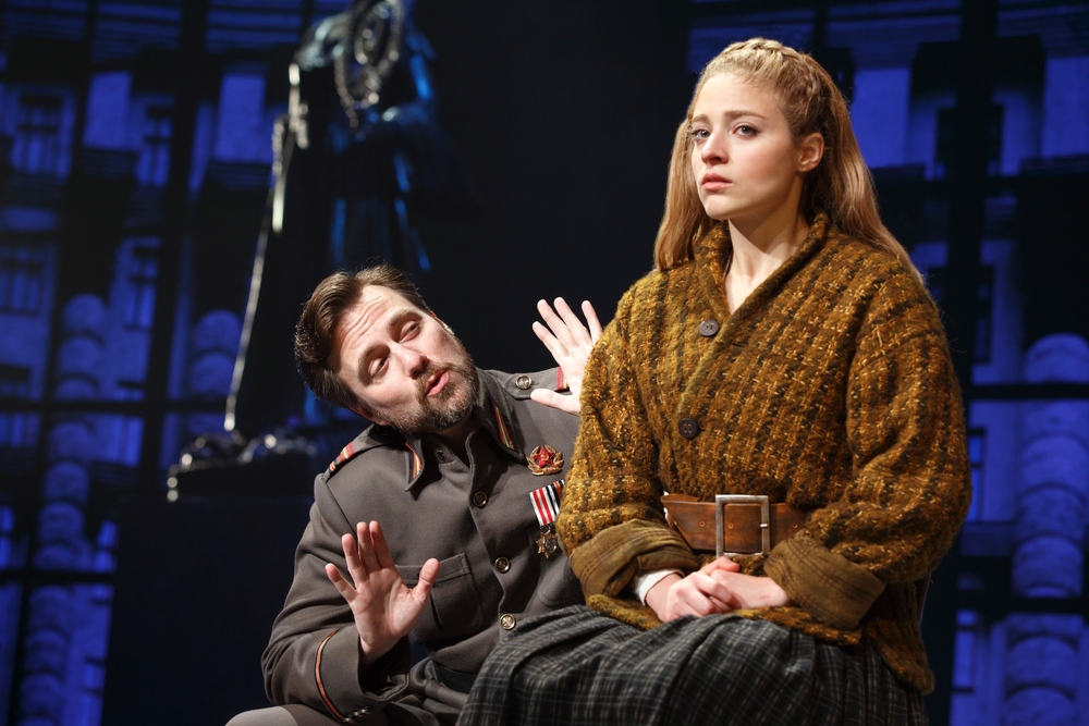 Gleb (Manoel Felciano) and Anya (Christy Altomare) (photo: Joan Marcus)