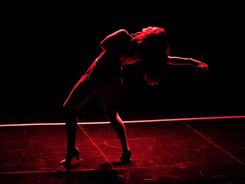Cassie (Michelle Pruiett), solo dance routine (photo: Rich Wagner)