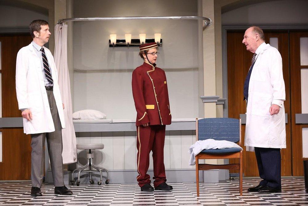 Dr. Prentice (Robert Stanton), Geraldine Barclay (Sarah Manton), Dr. Rance (Paxton Whitehead) (photo: Carol Rosegg)