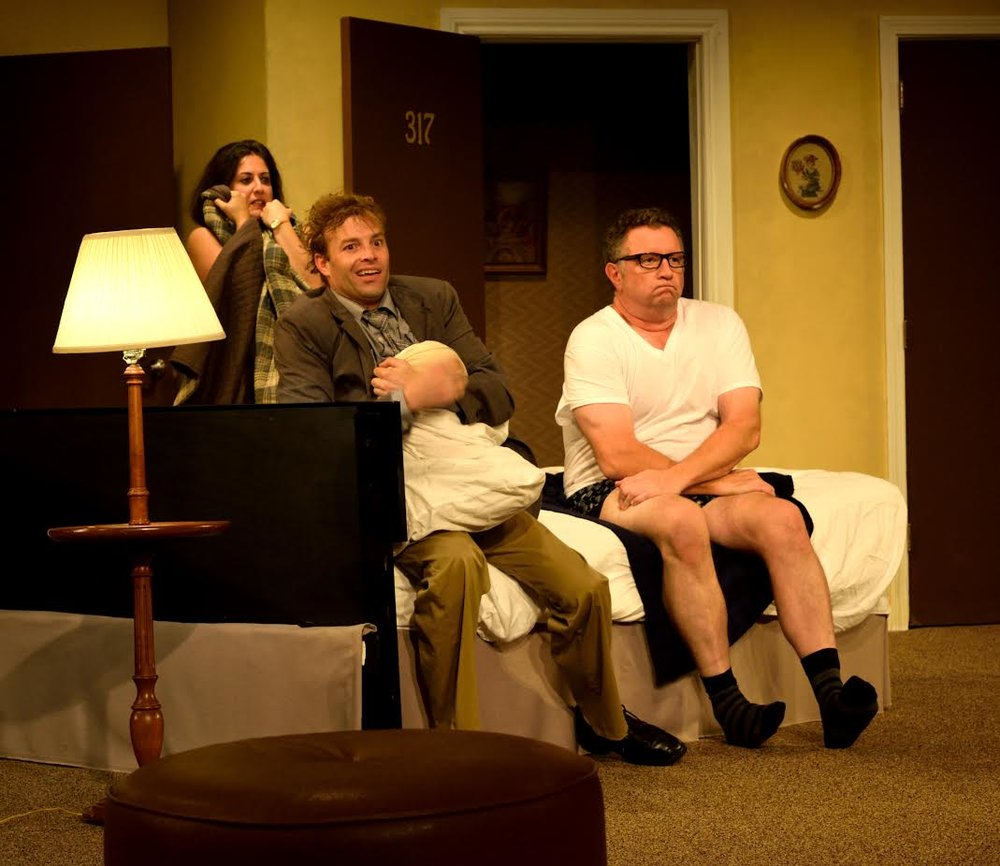 Karen Brown (Julia Robles), Eric Sheridan (Will Hardyman), Agent Frank (Mike Boland) (photo: Meredith Atkinson)