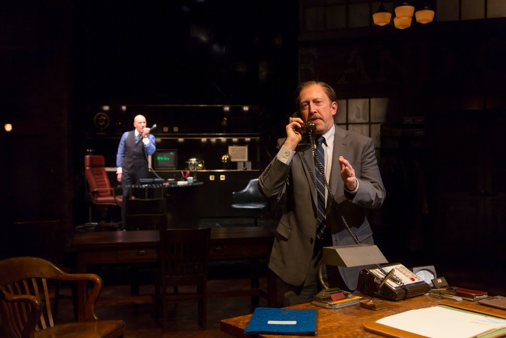 Garfinkle (Jordan Lage), Coles (Steve Routman) (photo: T. Charles Erickson)