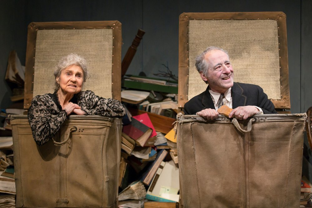 Nell (Lynn Cohen), Nagg (Joe Grifasi) (photo: T. Charles Erickson)