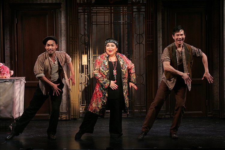 Bun Foo (Christopher Shin), Mrs. Meers (Loretta Ables Sayre), Ching Ho (James Seol) (photo: Diane Sobolewski)