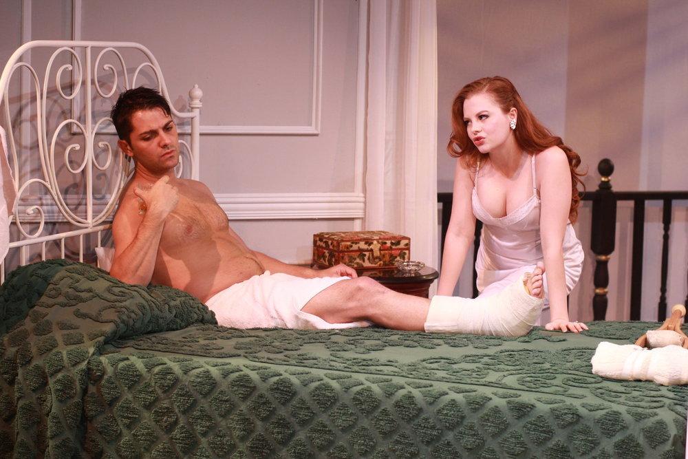 Brick (Michael Raver), Maggie (Andrea Lynn Green)