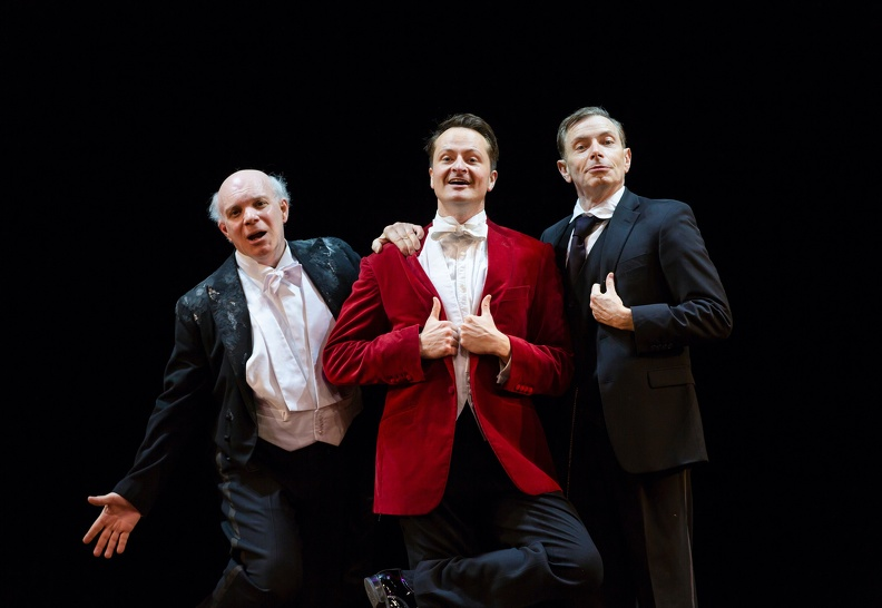 Steppings (Eddie Korbich), Bertie Wooster (Chandler Williams), Jeeves (Arnie Burton)