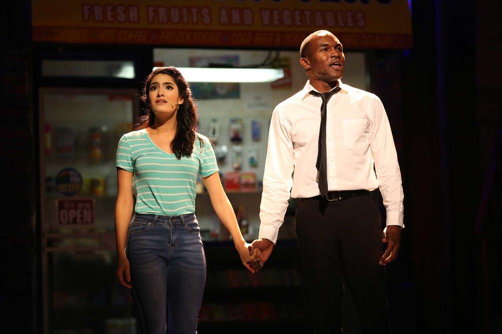 Nina (Didi Romero), Benny (Gerald Caesar) (photo: Carol Rosegg)