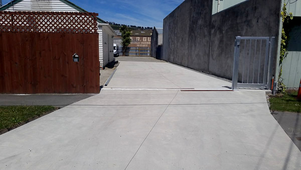 Affordable Plain Concrete Driveways