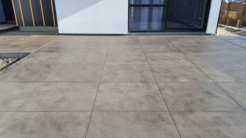 how to cut concrete driveway