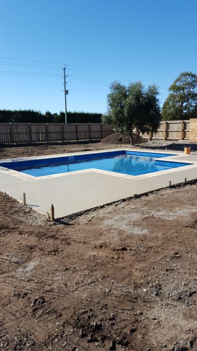 colour_cut_concrete_soapstone_colour_pool_surround_christchurch (3)_1.jpg