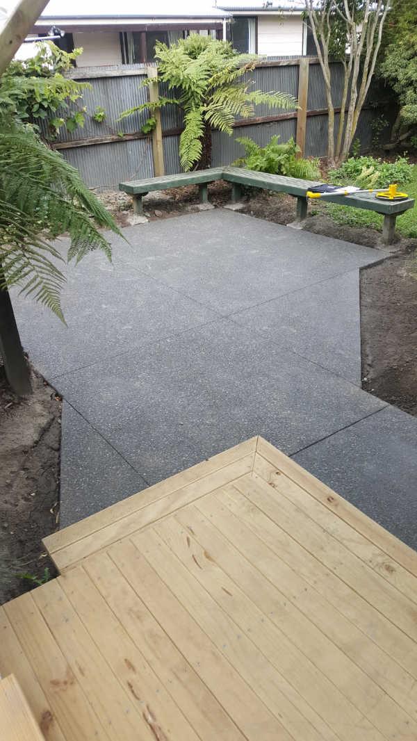 ... Exposed Aggregate Concrete Patio 5 (2)