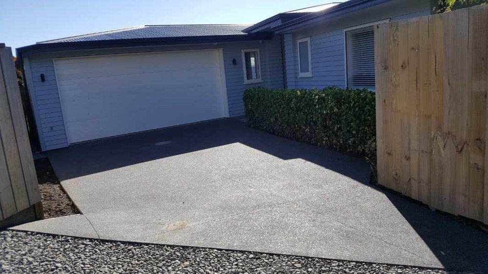 Exposed-aggregate-driveway.jpg