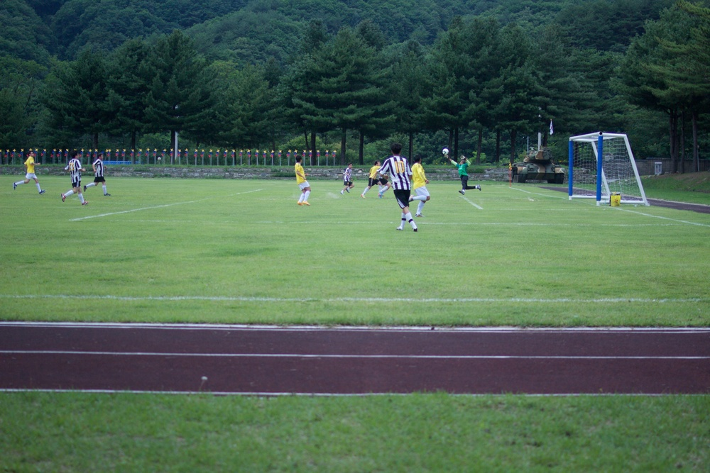 Game at the DMZ 2.jpg