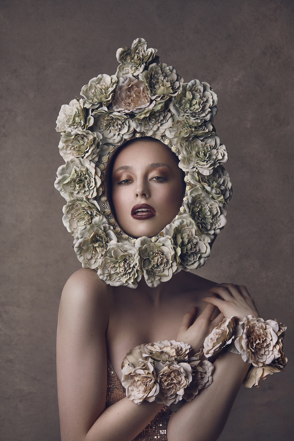 The-Flower-Book-by-Dana-Cole-floral-headpiece-model-fashion-photography-fine-art-photography-beauty-photo-floral-shoot-4.jpg