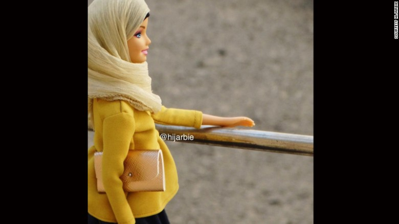 HIJARBIE DOLLS
