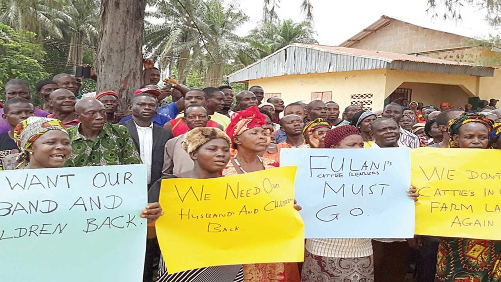residents of communities affected by the attacks of herds men protesting