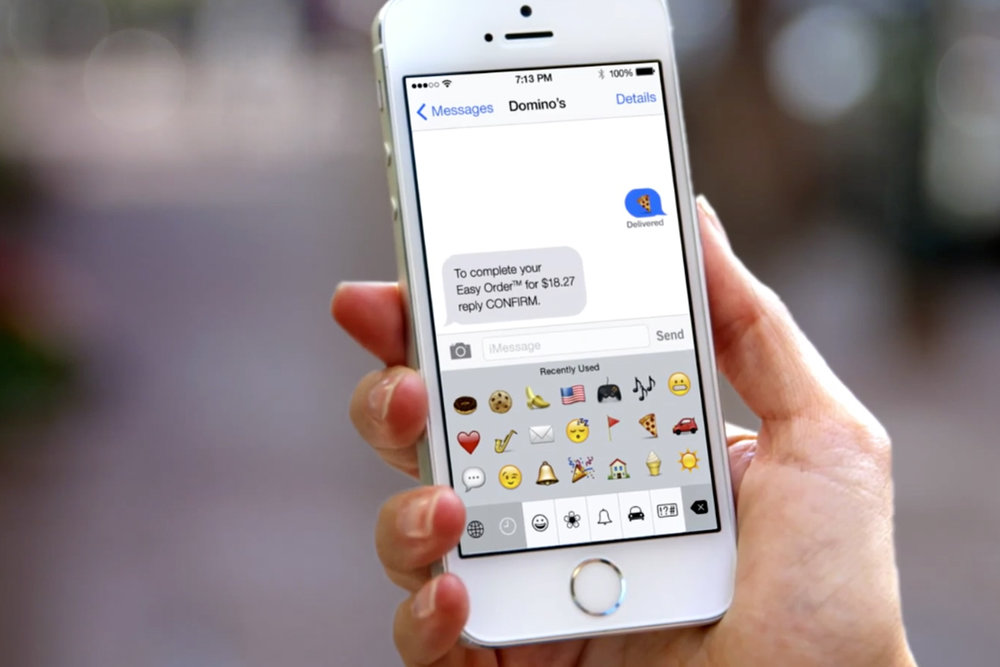Phone showing an order via facebook messenger / Source: creativity-online.com